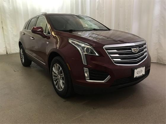 2017 Cadillac XT5 Luxury:22 car images available