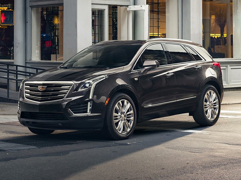 2017 Cadillac XT5 Luxury : Car has generic photo
