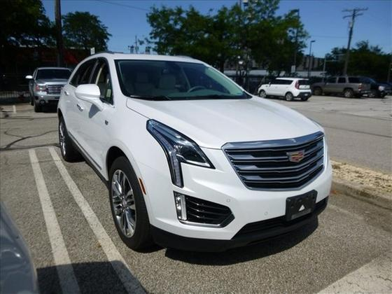 2017 Cadillac XT5 Premium Luxury : Car has generic photo