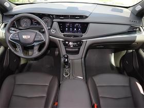 2020 Cadillac XT5 Premium Luxury