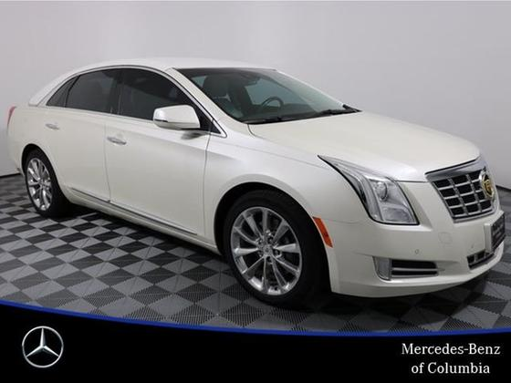 2013 Cadillac XTS Luxury:24 car images available