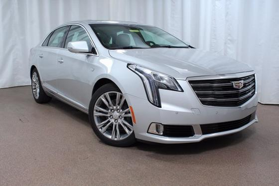 2018 Cadillac XTS Luxury:24 car images available