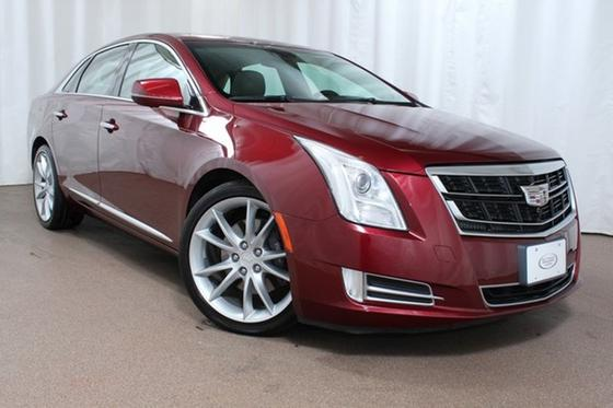 2016 Cadillac XTS Premium:24 car images available