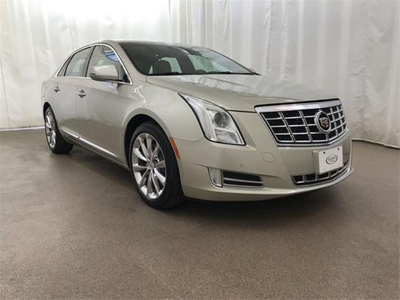 2013 Cadillac XTS Premium:24 car images available