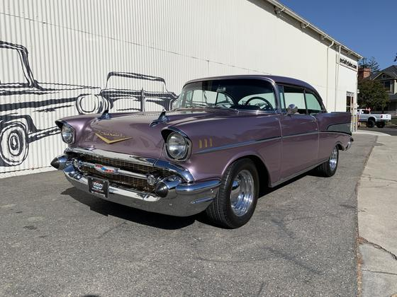1957 Chevrolet Bel Air :12 car images available