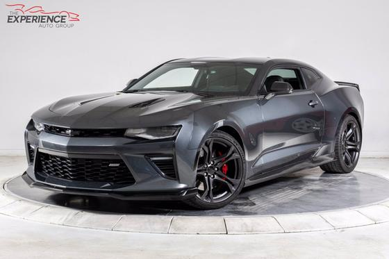 2017 Chevrolet Camaro 1SS:24 car images available