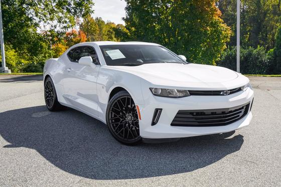 2018 Chevrolet Camaro 2LT:24 car images available