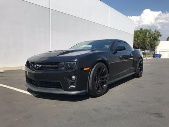 2013 Chevrolet Camaro ZL1:9 car images available
