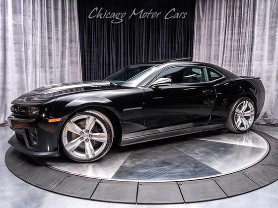 2013 Chevrolet Camaro ZL1:24 car images available