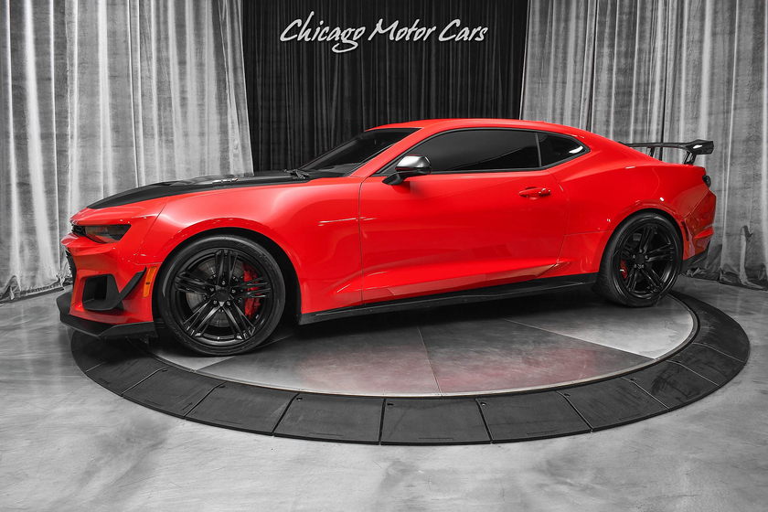 2020 Chevrolet Camaro ZL1:24 car images available