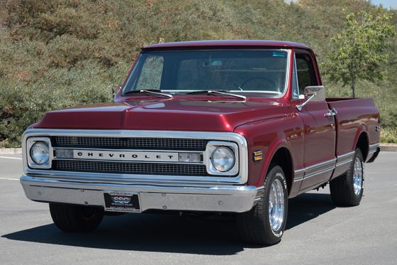 1970 Chevrolet Classics C10:9 car images available