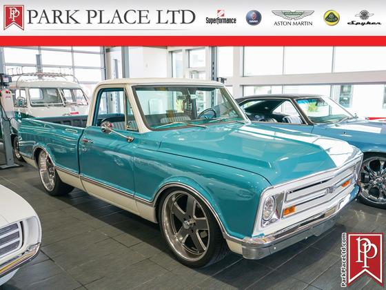 1970 Chevrolet Classics C10:8 car images available