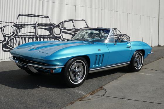 1965 Chevrolet Corvette :9 car images available
