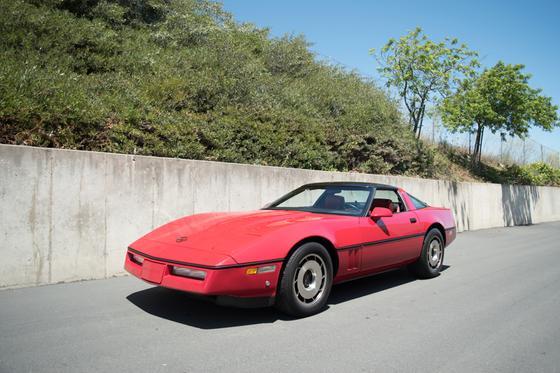 1984 Chevrolet Corvette :9 car images available