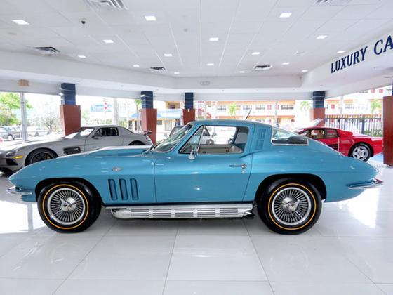 1965 Chevrolet Corvette 327:24 car images available