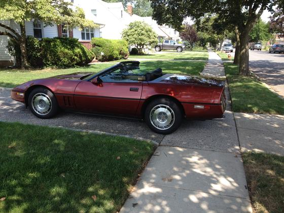 1987 Chevrolet Corvette Base:12 car images available