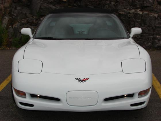2000 Chevrolet Corvette Base