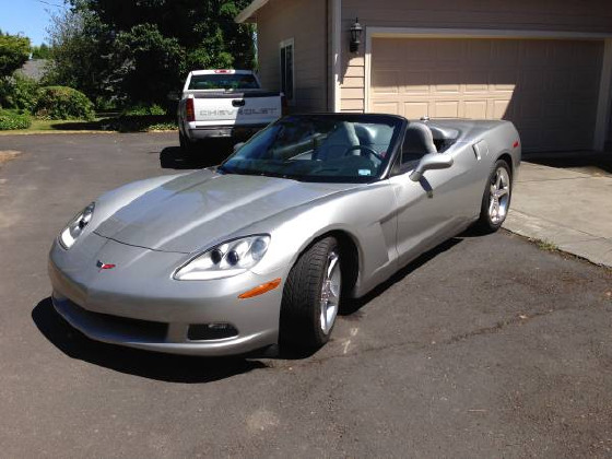 2005 Chevrolet Corvette Base:5 car images available