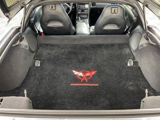 2004 Chevrolet Corvette Base