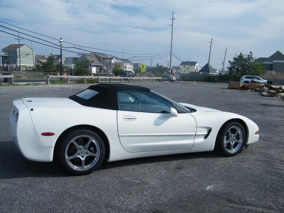 2002 Chevrolet Corvette Coupe:6 car images available