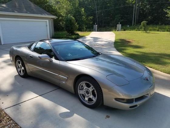 1998 Chevrolet Corvette Coupe:12 car images available