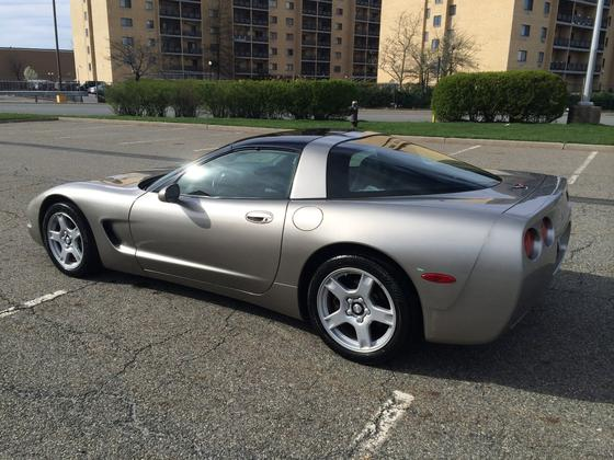 1998 Chevrolet Corvette Coupe:6 car images available