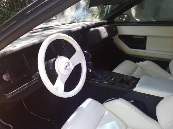 1988 Chevrolet Corvette Coupe:3 car images available