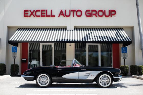 1960 Chevrolet Corvette Roadster:24 car images available