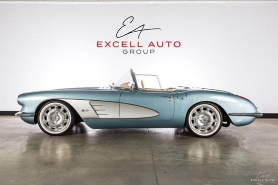 1958 Chevrolet Corvette Roadster:24 car images available