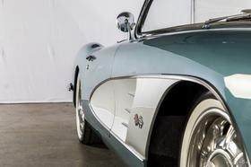 1958 Chevrolet Corvette Roadster
