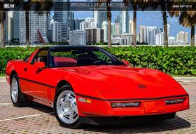 1990 Chevrolet Corvette ZR1:24 car images available