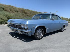 1965 Chevrolet Impala :9 car images available