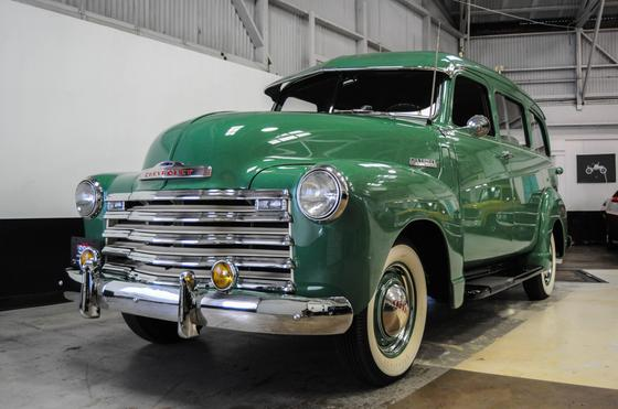 1949 Chevrolet Suburban :9 car images available