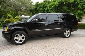 2014 Chevrolet Suburban 1500 LTZ:5 car images available