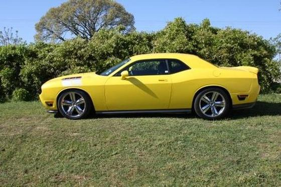 2010 Dodge Challenger :6 car images available