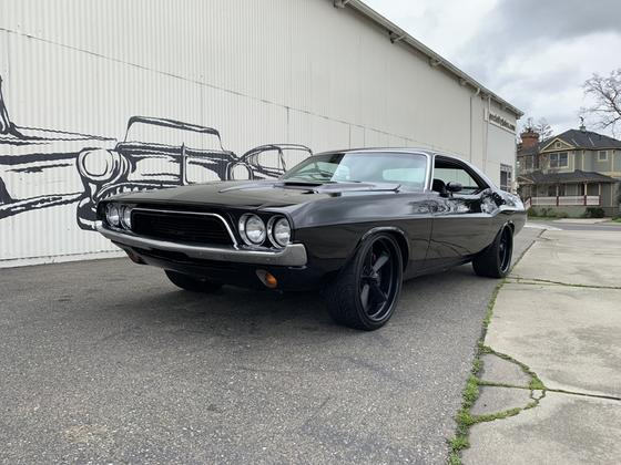 1972 Dodge Challenger :9 car images available