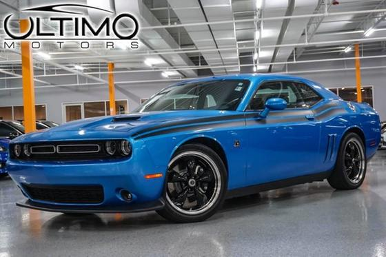 2015 Dodge Challenger R/T:24 car images available
