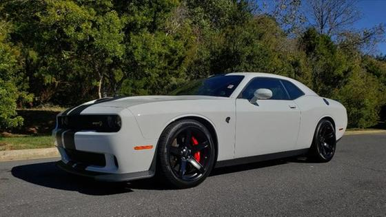 2017 Dodge Challenger SRT Hellcat:24 car images available