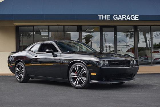 2013 Dodge Challenger SRT8:24 car images available