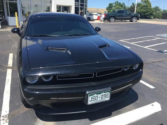 2016 Dodge Challenger SXT:2 car images available