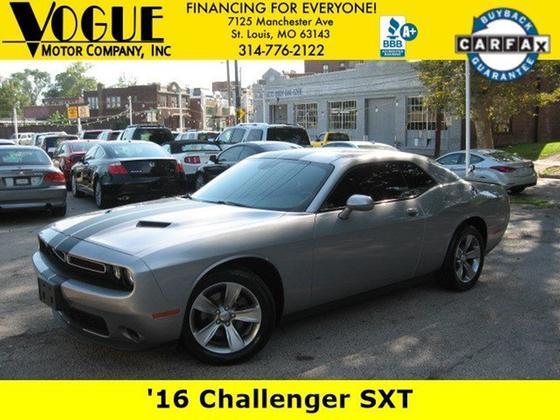 2016 Dodge Challenger SXT:21 car images available
