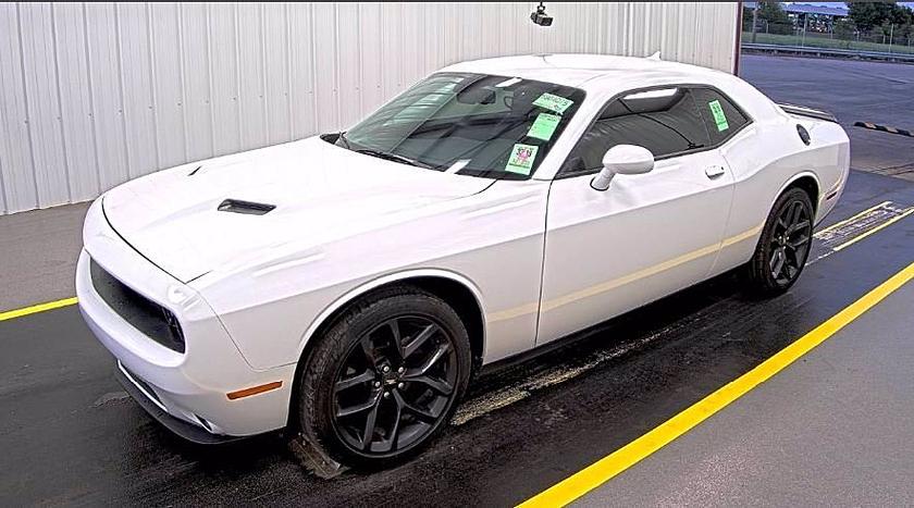2020 Dodge Challenger SXT:10 car images available