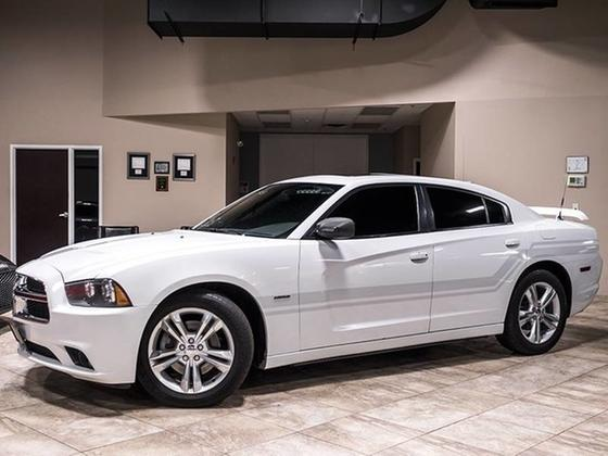 2011 Dodge Charger R/T:24 car images available
