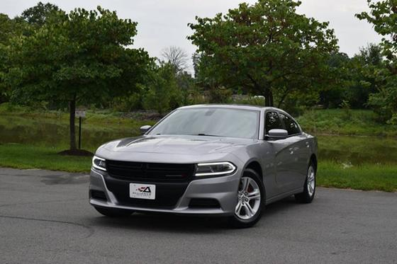 2015 Dodge Charger SE:24 car images available