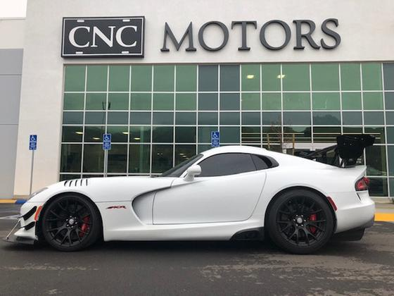 2016 Dodge Viper ACR:18 car images available