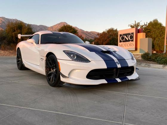 2016 Dodge Viper GTC:6 car images available