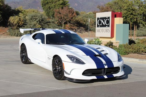 2016 Dodge Viper GTC:24 car images available