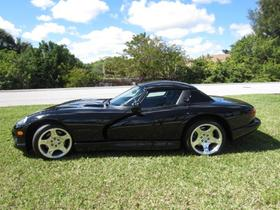 2000 Dodge Viper RT-10:22 car images available