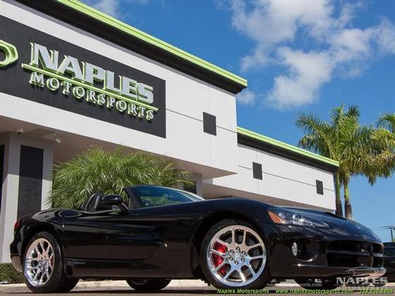 2004 Dodge Viper SRT-10:24 car images available