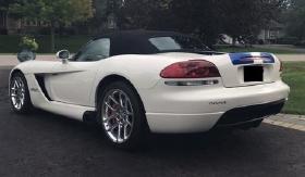 2005 Dodge Viper SRT-10:24 car images available